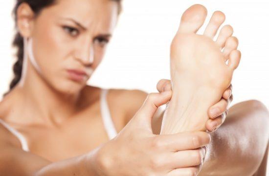 hongos en los pies y uñas